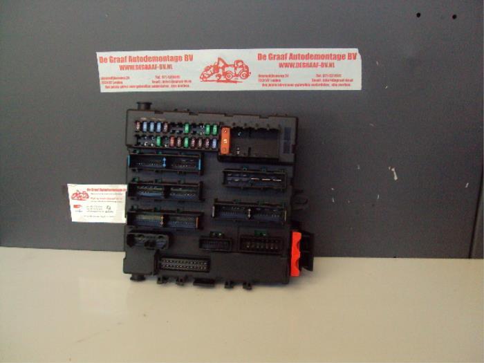 fuse box from a saab 9-3 sport estate (ys3f) 1 9 tid 2005