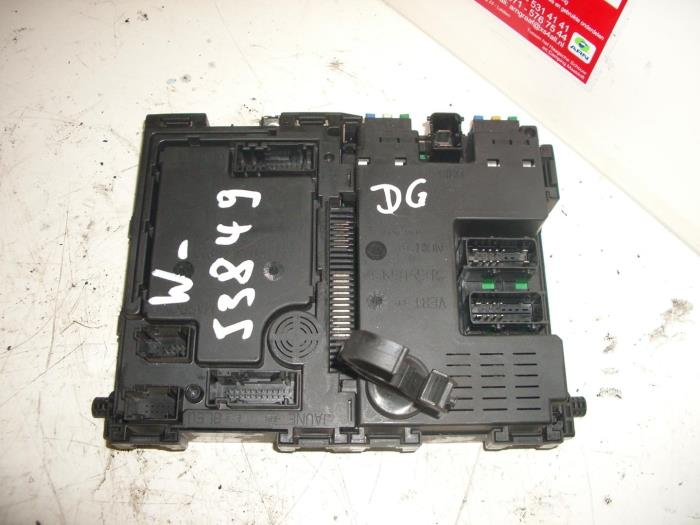 used peugeot 206 (2a c h j s) 1 4 xr,xs,xt,gentry fuse box Peugeot 206 AC Fuse fuse box from a peugeot 206 (2a c h j s