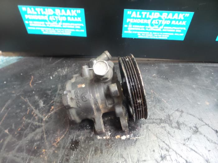 Used Jeep Cherokee Power steering pump - VM47C - Altijd Raak