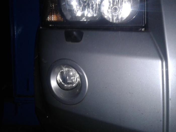 Bumper fog light from a Land + Range Rover Freelander II 2.2 tD4 16V 2007
