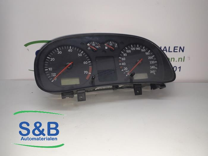 Odometer KM from a Volkswagen Golf 2002