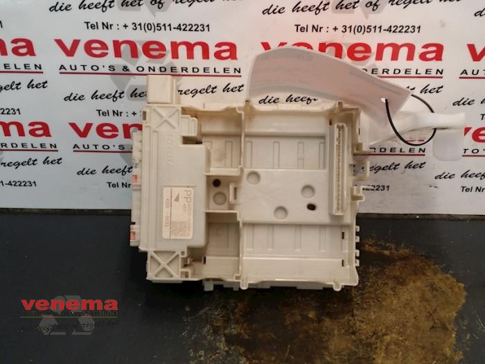 fuse box from a citroen c1 (used)