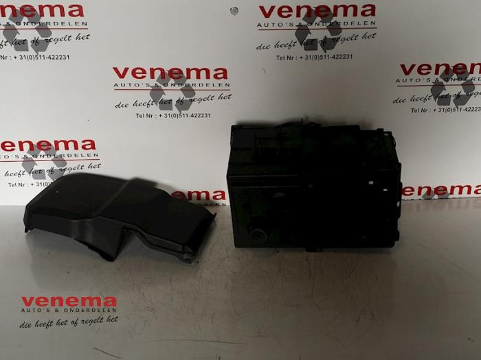 Battery Box From A Ford C Max Dm2 1 6 Ti Vct 16v