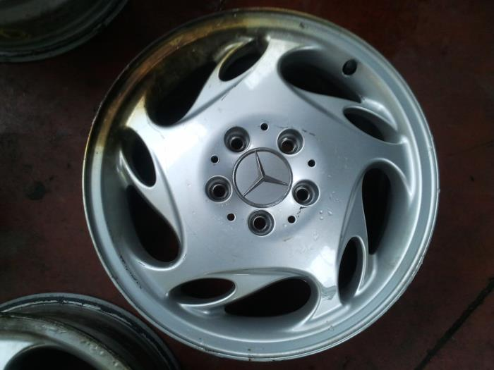 Used Mercedes Vito Wheel A6384010102 Alloy Autorecycling