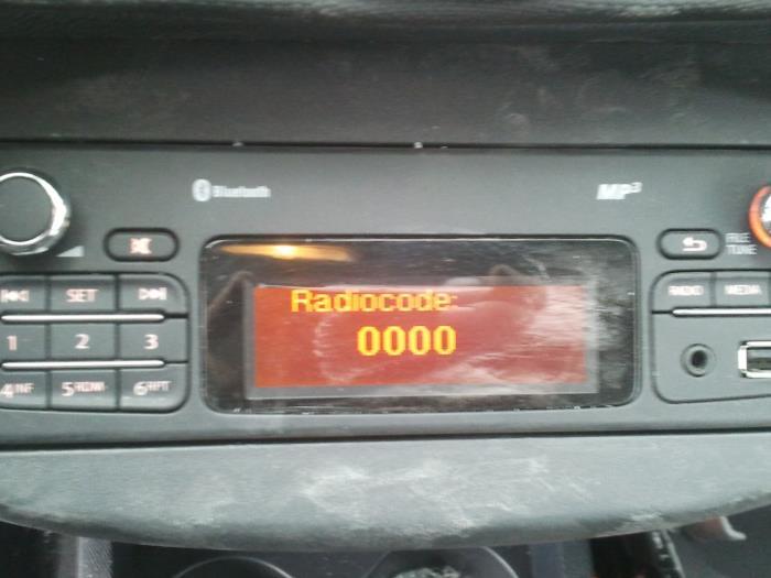 Used Renault Twingo II (CN) 1 2 16V Radio - 269779