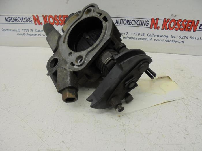 Used Pontiac Fiero Throttle body - 12R10060B 163