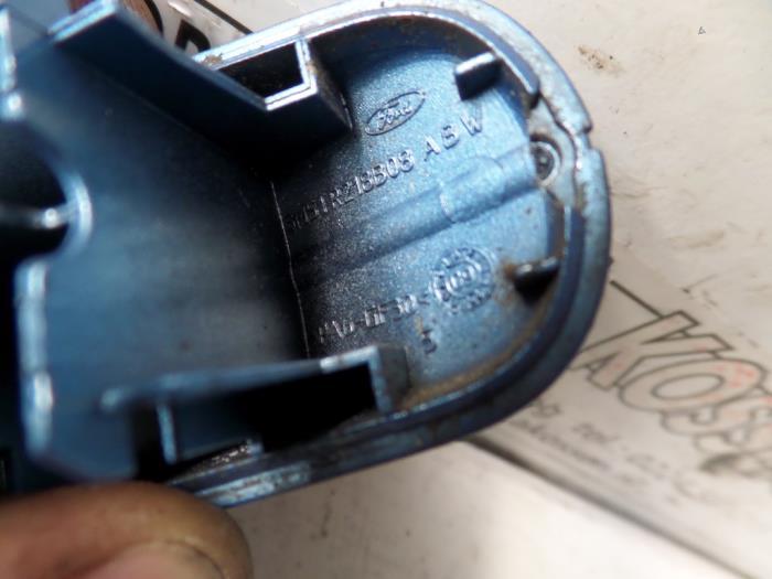 Used Ford Focus II Wagon 1.6 TDCi 16V 110 Front door handle 4-door ...