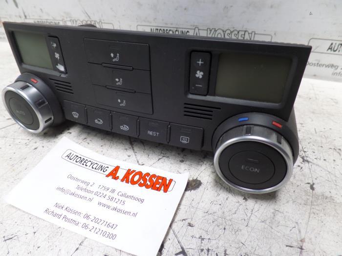Used Volkswagen Touareg Climatronic panel - 7L6907040D