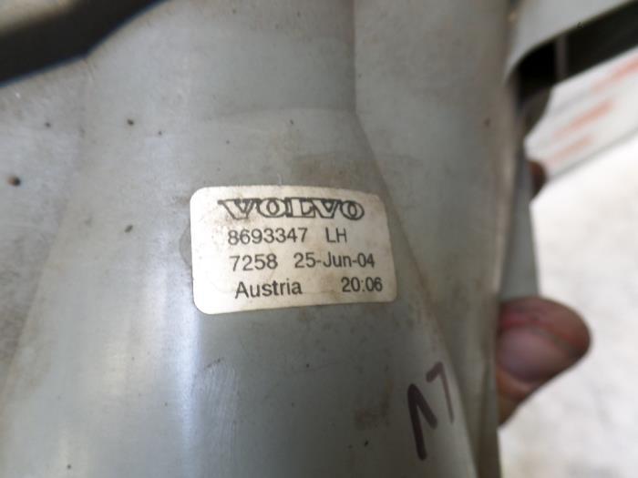 TYC Fog Light Left For VOLVO V70 II 8693347