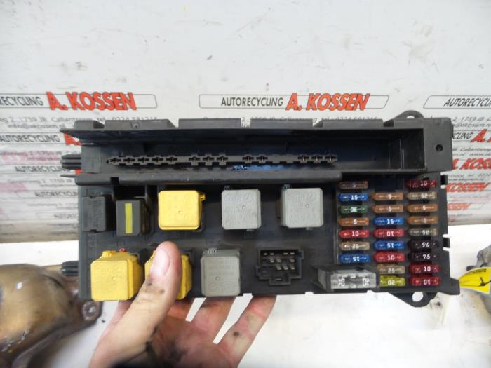 fuse box from a mercedes sprinter 3 5t (906 73) 316 cdi 16v 2011