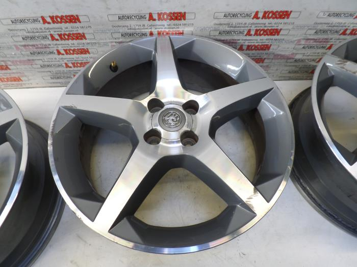 Used Opel Tigra Set Of Wheels 13231495 Alloy