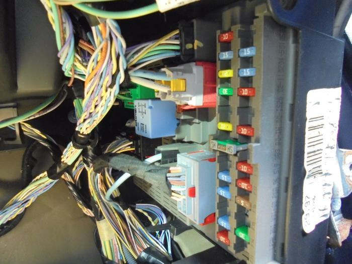 used peugeot 807 2 0 16v fuse box