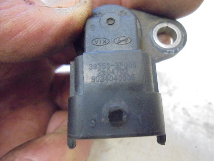 Used Hyundai I10 Camshaft sensor - 393503F000 G4LA