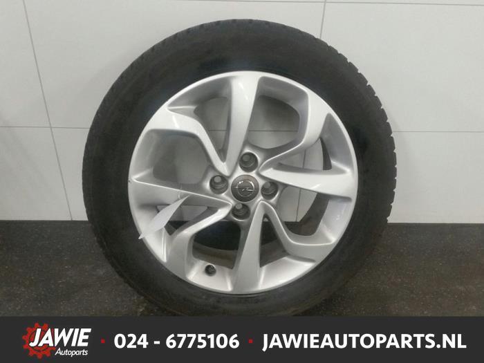 Used Opel Corsa E 14 16v Wheel Winter Tyre 13380635