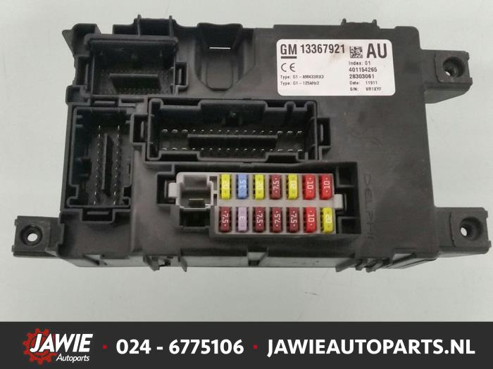 fuse box from a opel corsa d 1 3 cdti 16v ecoflex 2012