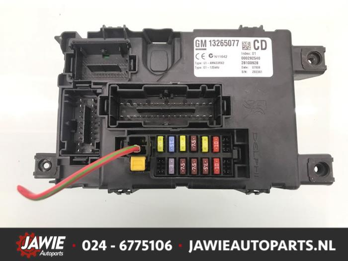 gm fuse box disassembly used opel corsa d 1 3 cdti 16v ecoflex fuse box 13265077cd  used opel corsa d 1 3 cdti 16v ecoflex