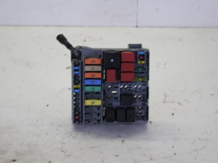 fuse box from a fiat panda (169) 1 2 fire 2009