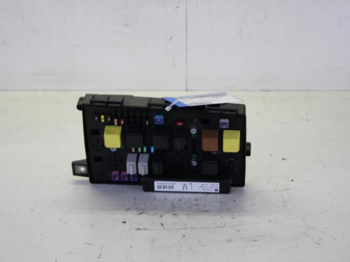 fuse box in astra h