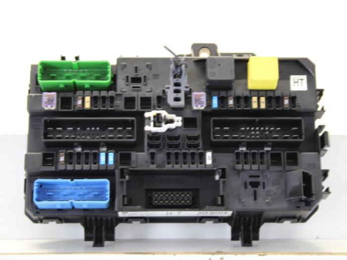 fuse box from a opel astra h sw (l35) 1 4 16v twinport 2007