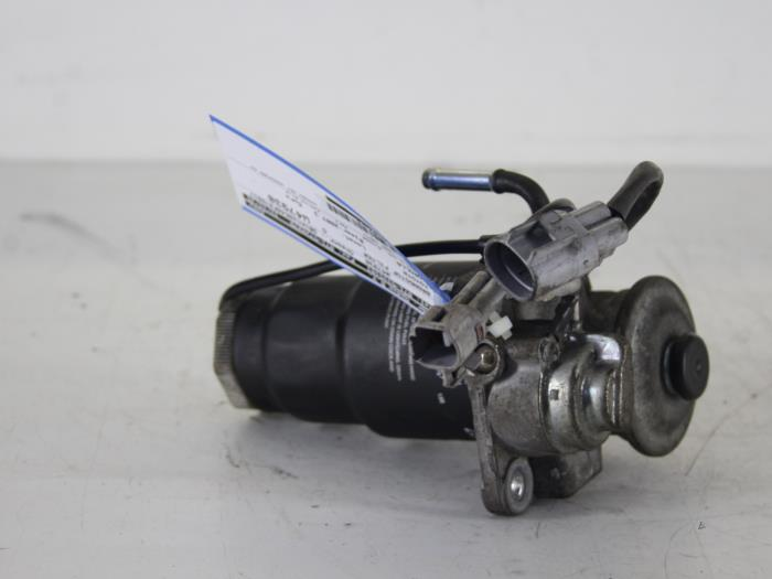 Used Toyota Corolla E12 14 D4d 16v Fuel Filter 2339064450 Rhproxyparts: 2007 Toyota Corolla Fuel Filter At Gmaili.net