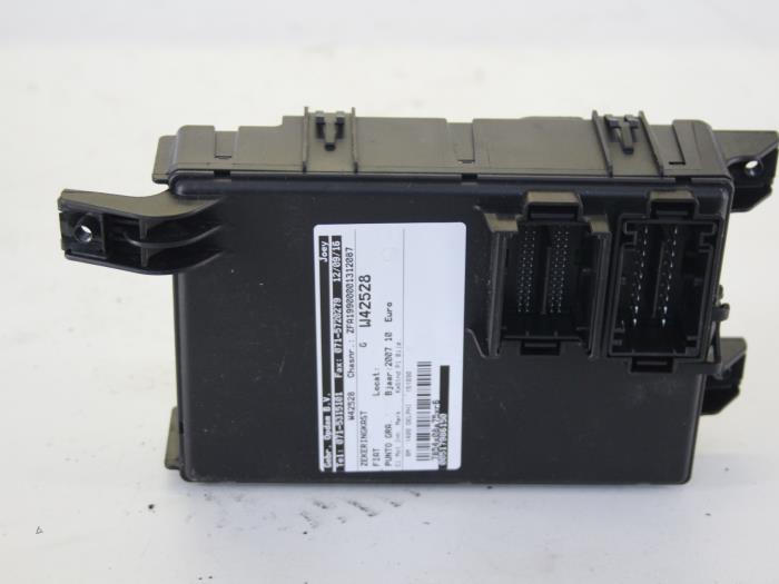 fuse box from a fiat grande punto (199) 1 4 2007