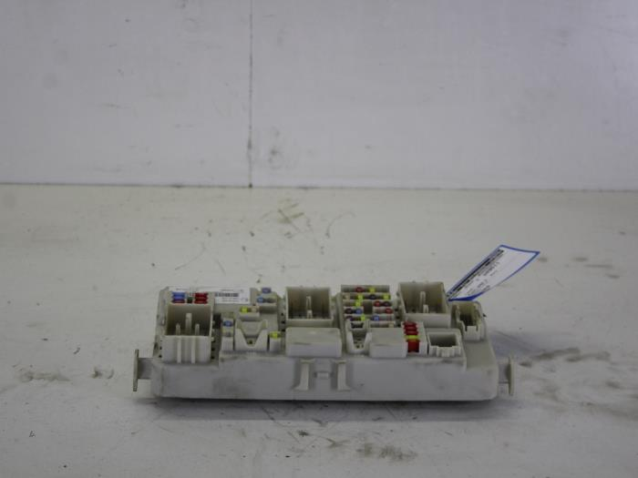 fuse box from a ford focus ii wagon 1 6 tdci 16v 110 2009
