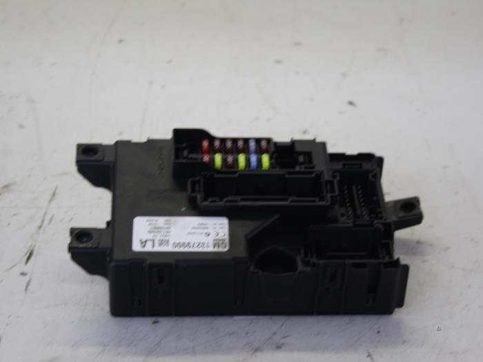 fuse box from a opel corsa d 1 4 16v twinport 2008