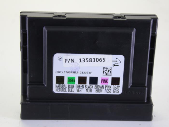 fuse box from a daewoo / chevrolet aveo 1 2 16v 2011