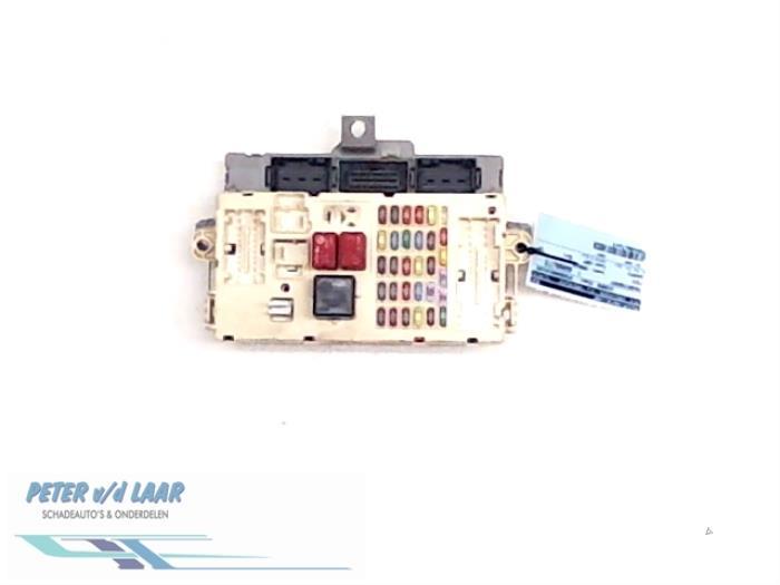 fuse box from a fiat ducato (250) 2 3 d 120 multijet 2007