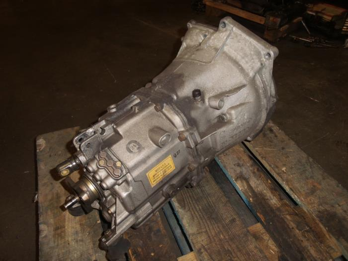 Gearbox from a BMW 3 serie (E46/2) 320 Ci 24V 2001