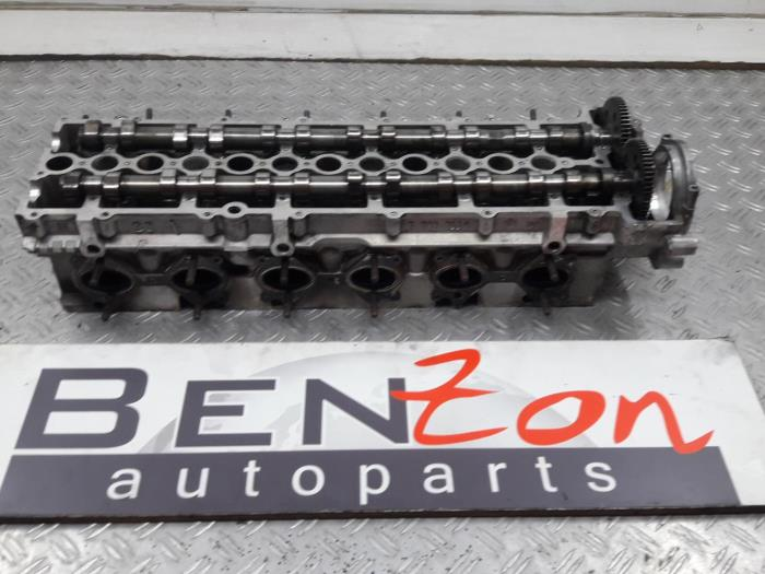 Used BMW 3-Serie Cylinder head - 77927539 M57 - Benzon Autoparts