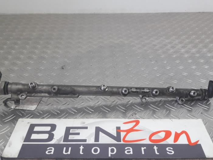 Used BMW 5-Serie Fuel injector nozzle - 7799610 M57 - Benzon