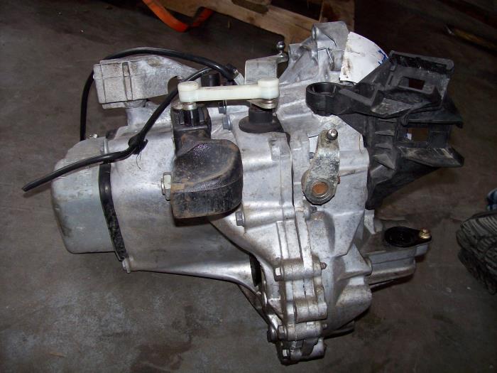 used peugeot 207 gearbox - 20cq87 - benzon autoparts | proxyparts