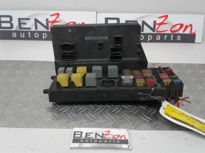 used mercedes sprinter fuse box a9065452501 benzon. Black Bedroom Furniture Sets. Home Design Ideas