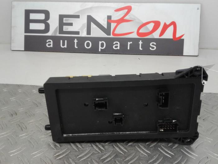 fuse box from a mercedes sprinter 2014