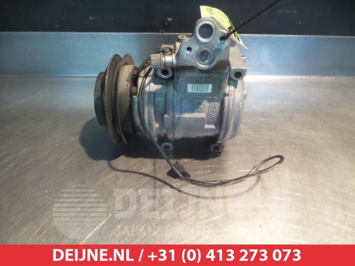 Used Mitsubishi Pajero Air conditioning pump - 4472000526 4M40 - V