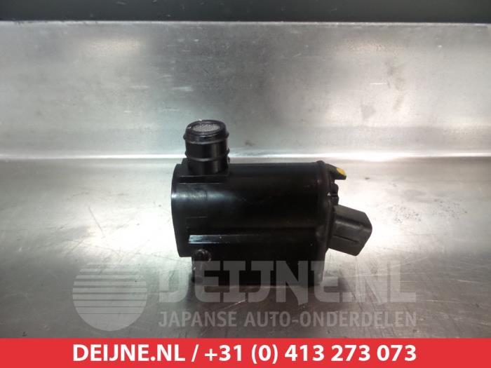 Hyundai Accent or Getz and Kia Rio Windscreen Washer Pump 985101C100