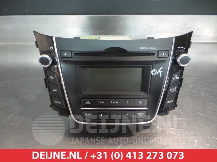 used hyundai i30 gdhb5 1 4 16v radio 96170a6200gu v. Black Bedroom Furniture Sets. Home Design Ideas