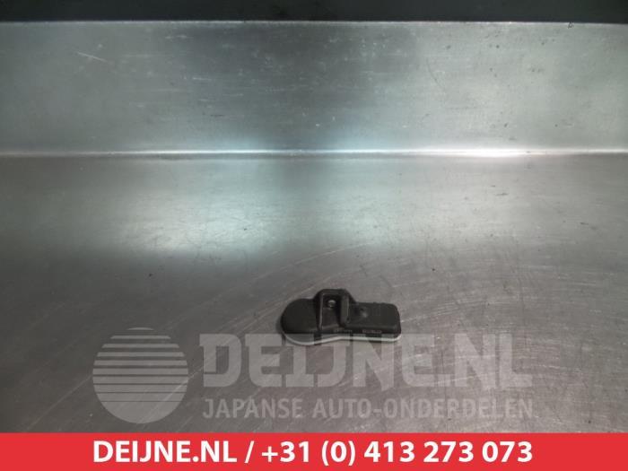 Used Hyundai I10 Tyre pressure sensor - 52933B2100 - V.Deijne Jap ...