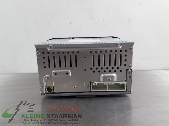 Radio CD player from a Kia Picanto (TA) 1.0 12V 2014