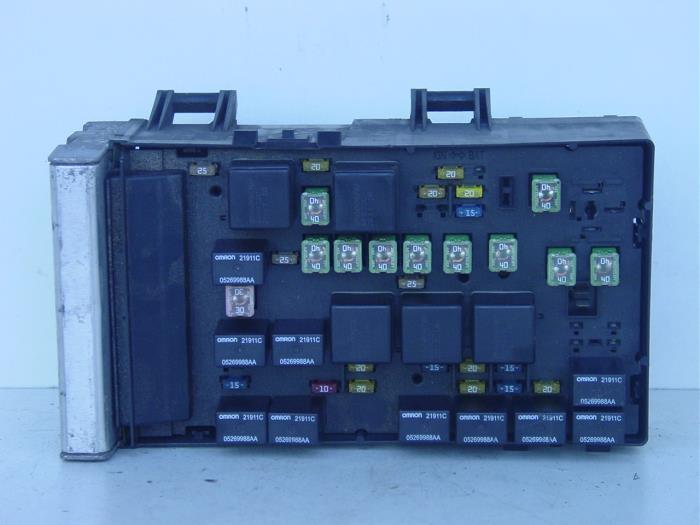 used chrysler voyager/grand voyager (rg) 3.3 v6 fuse box ... 2004 chrysler voyager fuse box 2001 chrysler voyager fuse box