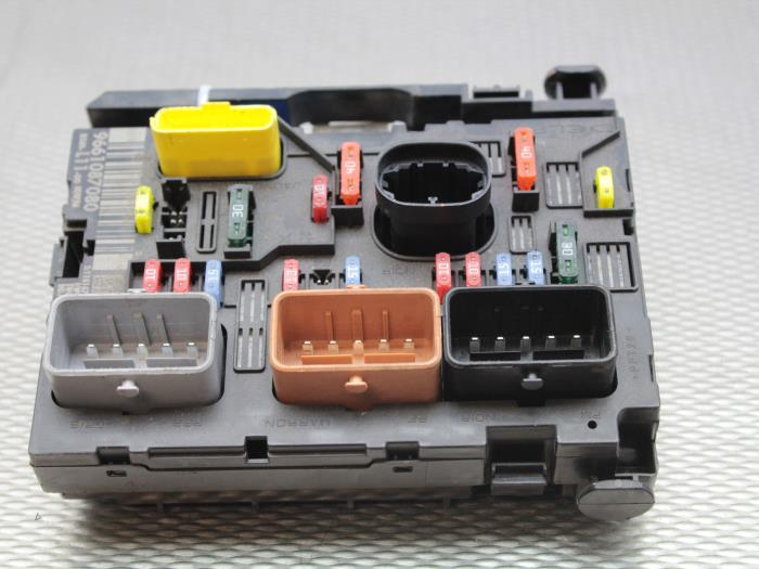 peugeot partner tepee fuse box peugeot 307 sw fuse box used peugeot 307 sw (3h) 2.0 16v fuse box - 9661087080 ... #14