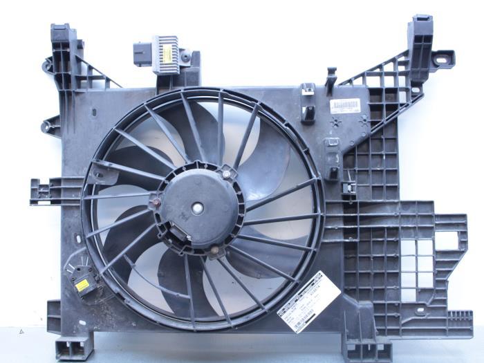 usag dacia duster hs 1 5 dci ventilateur moteur 214819914r gebr opdam zwaanshoek. Black Bedroom Furniture Sets. Home Design Ideas