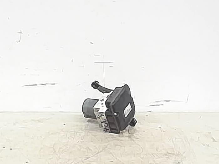 Used BMW 7 serie (F01/02/03/04) 760i,Li,LiS V12 48V ABS pump