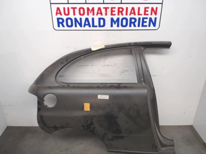 Rear side panel, right from a Seat Ibiza 2009
