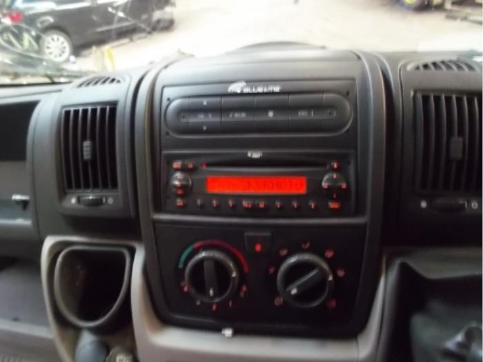 used fiat ducato radio cd player 735508718. Black Bedroom Furniture Sets. Home Design Ideas
