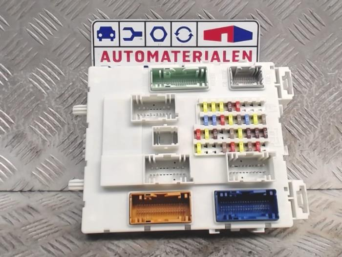 used ford c max fuse box 2105374 automaterialen ronald. Black Bedroom Furniture Sets. Home Design Ideas