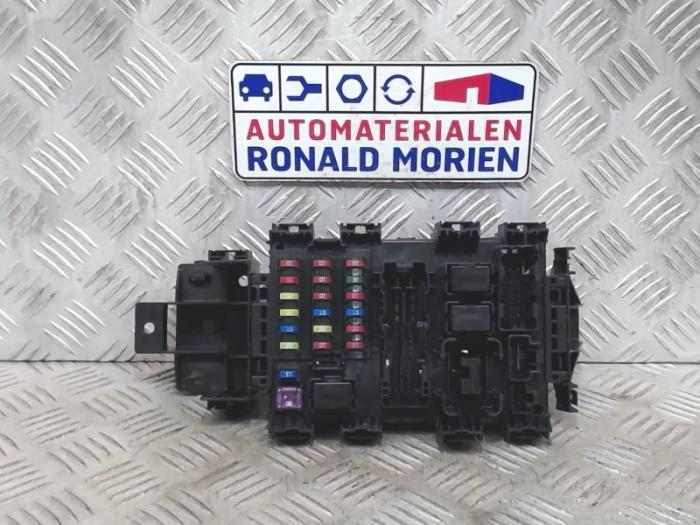 used suzuki celerio fuse box 0095130610140149. Black Bedroom Furniture Sets. Home Design Ideas