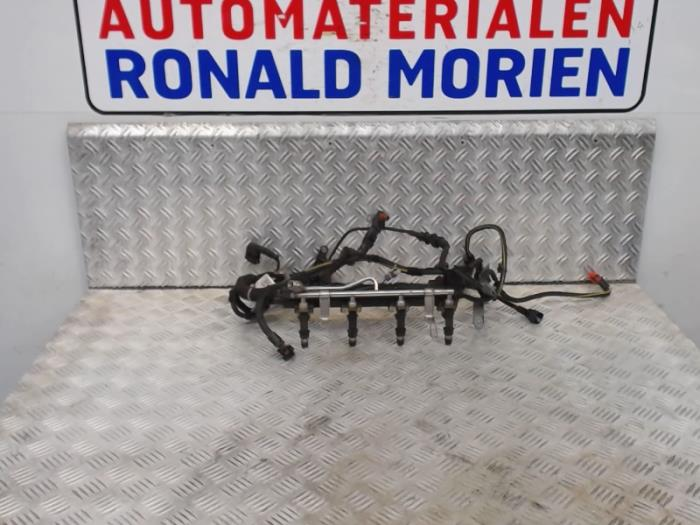 Vauxhall Meriva A 1.6 16V ECOTEC Fuel Injector 25313846