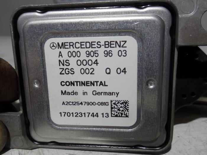 New Mercedes Sprinter 3 5t (906 73) 211 CDI 16V Nox sensor